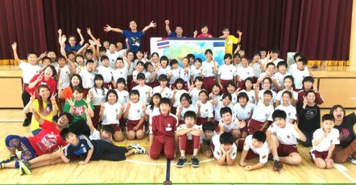 \東北初!学校訪問/みんなで歌って踊って一つに!