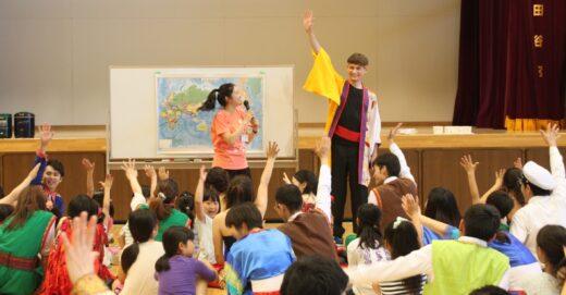 子どもと一緒に歌って踊ろう!スクールキャスト、夏も大募集!